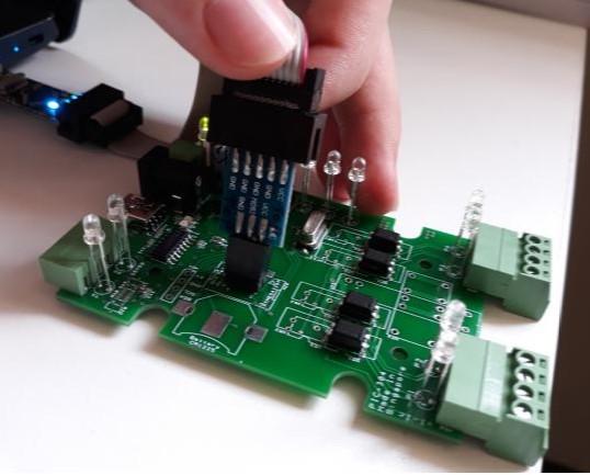 Connecting programmer to Arduino ICSP programming header